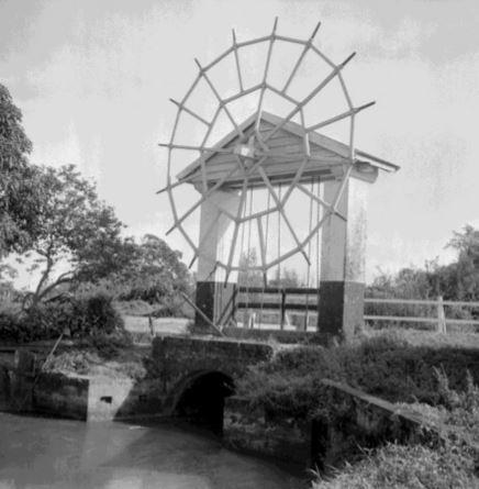 plantages en spoorlijnen in suriname